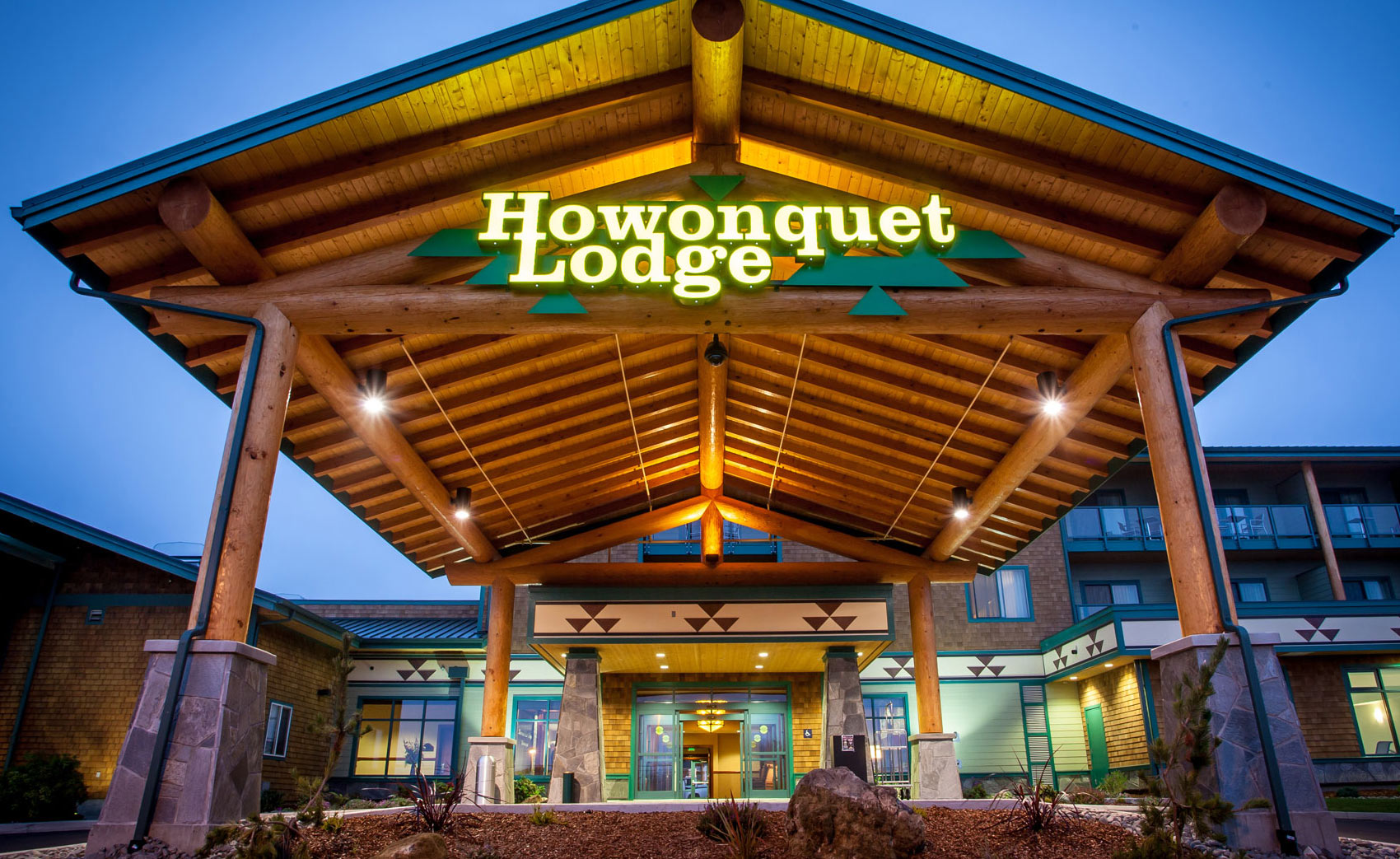 Smith River Howonquet Lodge - Lucky 7 Caasino
